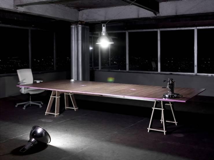 Study/office theo lorenzo alvarez arquitectos,