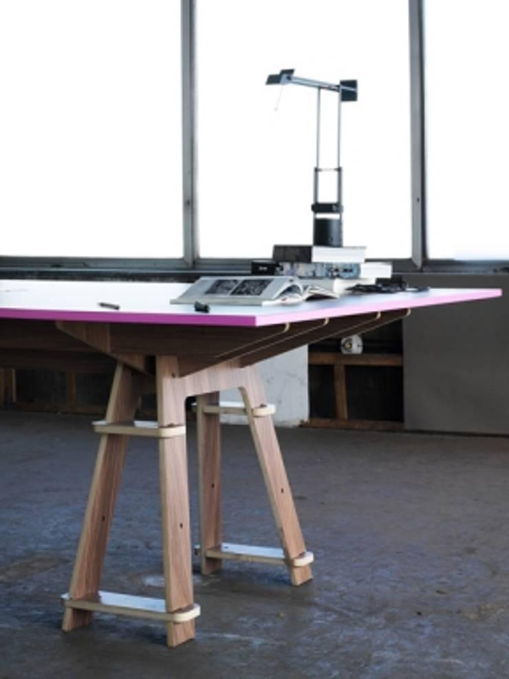todó mobiliario:  de estilo  por lorenzo alvarez arquitectos