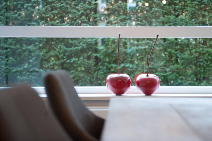 Interieuradvies benedenverdieping: modern  door Mood Interieur, Modern