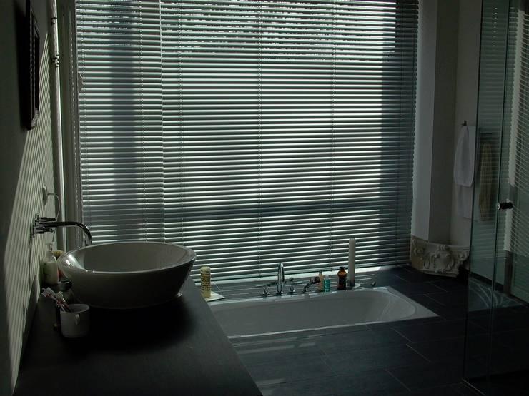 Choriner Straße 20/21:  Badezimmer von HAB - Hoyer Architekten Berlin