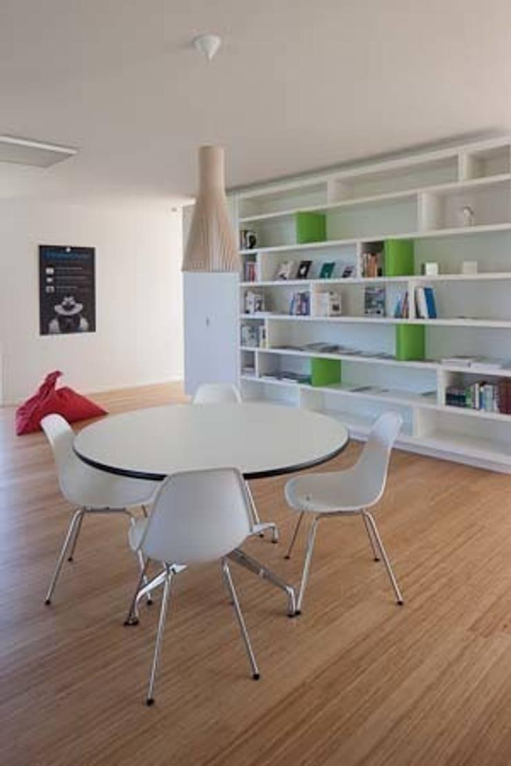 書房/辦公室 by hasa architecten bvba, 現代風