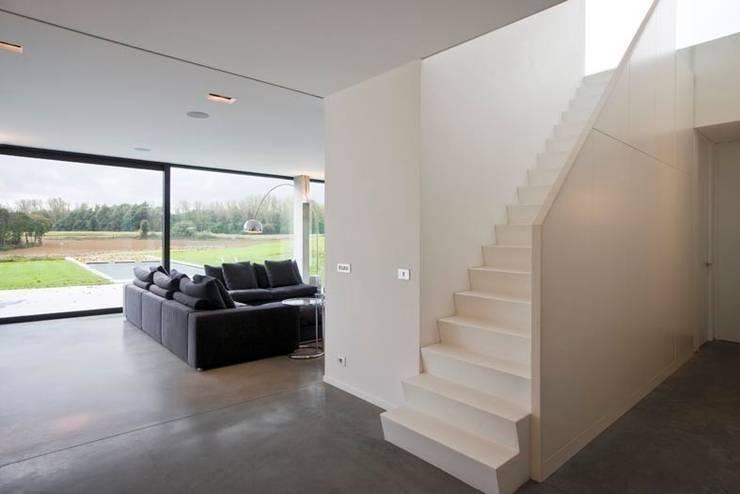 Salas de estilo  por hasa architecten bvba
