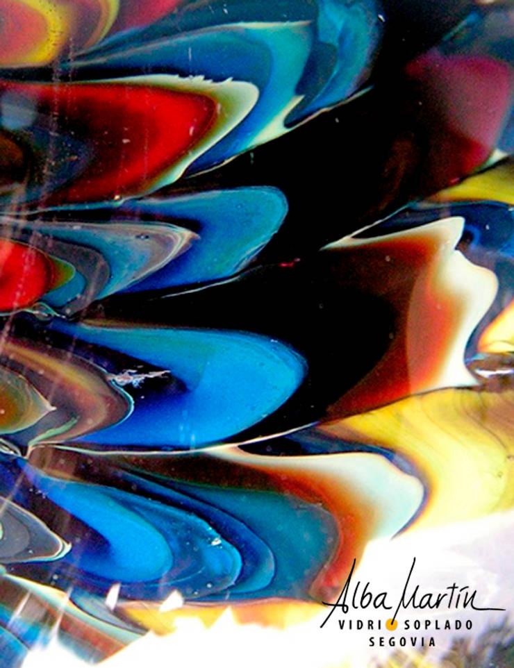 Coloración con plata, por Alba Martín vidrio soplado: Salones de eventos de estilo  de Alba Martín Vidrio Soplado