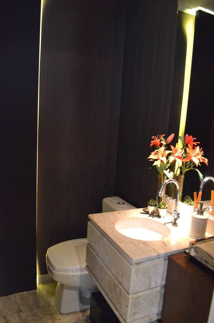 Lavabo: Banheiros  por Compondo Arquitetura