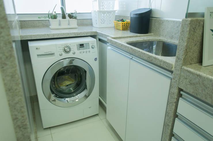 Apartamento Compacto 52m² : Cozinhas  por Casa Habitada