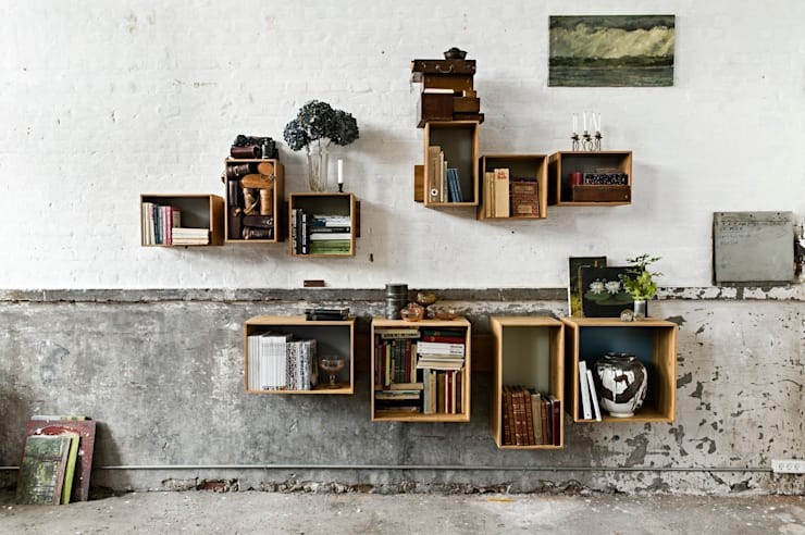 SJ Bookcase Large & Midi: scandinavian Living room by We Do Wood