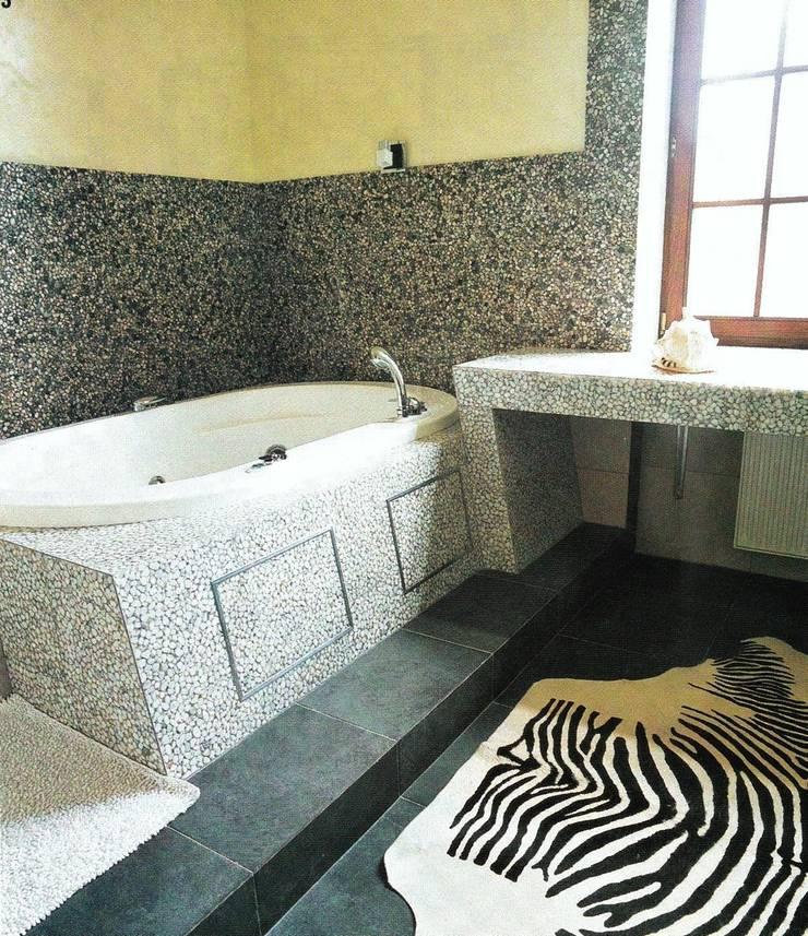 История с геометрией: Ванные комнаты в . Автор – Studio B&L