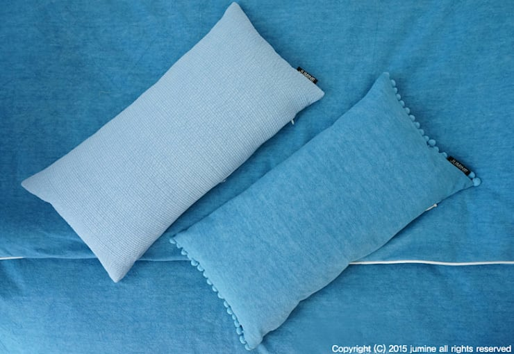 WOORI ZIP BEDDING (BLUE): jumine의  아이방,러스틱 (Rustic)
