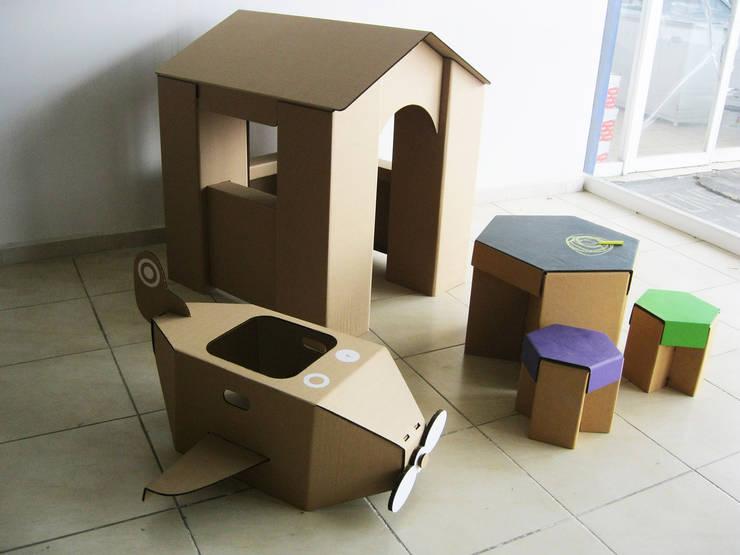 Mobiliario de cartón para niños: Habitaciones infantiles de estilo  por Modulec
