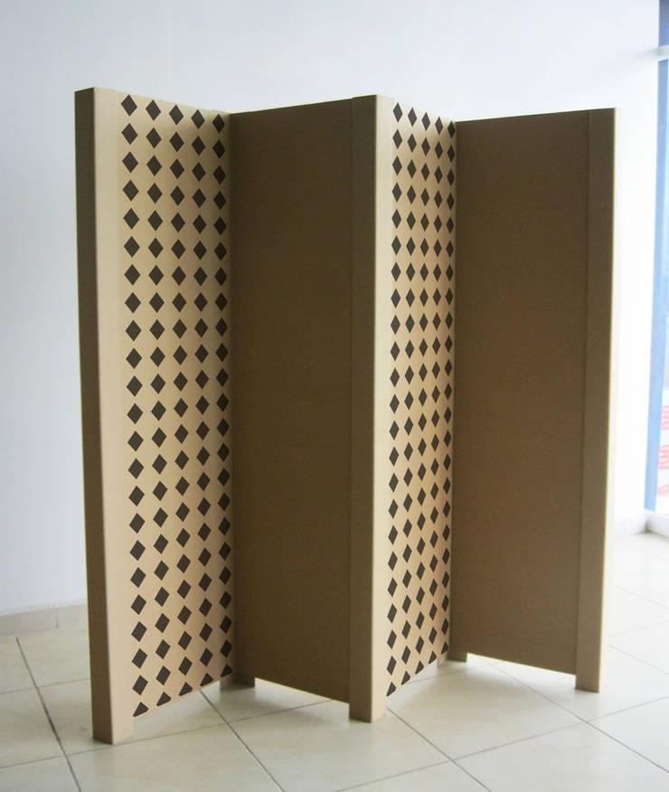 Biombo de cartón: Oficinas y tiendas de estilo  por Modulec
