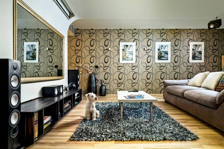 Проект 3х комнатной квартиры-студии 95 м²: Гостиная в . Автор – SAZONOVA group