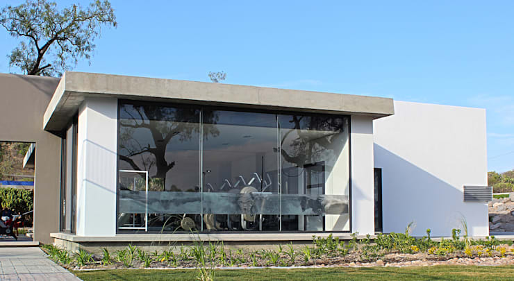 Snack Club Casablanca: Comedores de estilo  por VG+VM Arquitectos