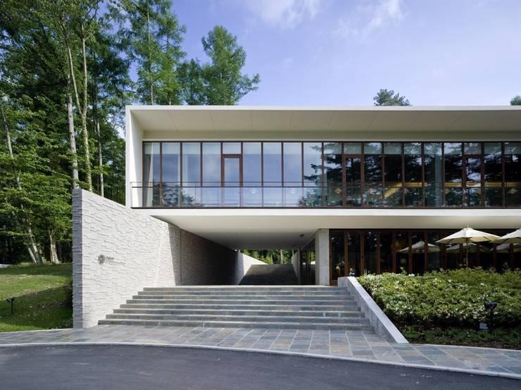 TRIF FUJI NATIONAL PARK RESORT & SPA: 窪田建築都市研究所 有限会社が手掛けたです。
