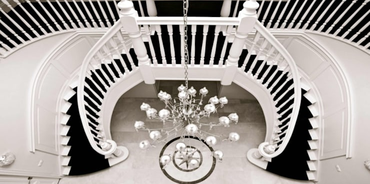 Corridor, hallway & stairs  by Van Bruchem Staircases & Interiors
