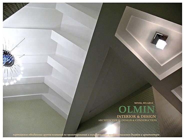 ПоТолковая квартира: Столовые комнаты в . Автор – ИП OLMIN - Архитектурная студия Олега Минакова