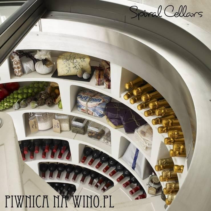 SPIRALNE PIWNICE NA WINO: styl , w kategorii Piwnica win zaprojektowany przez PIWNICA na WINO