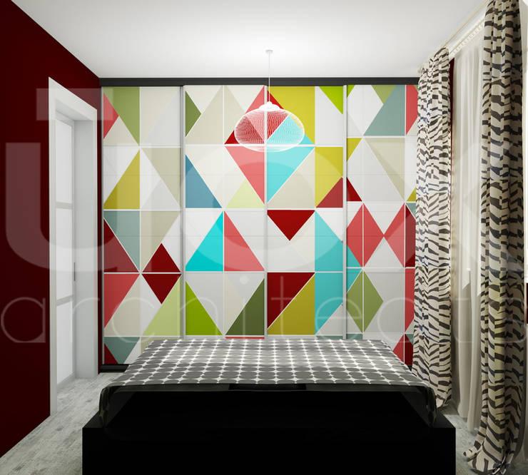 Квартира <q>POPart&cocaCOla</q>: Спальни в . Автор – ЙОХ architects, Эклектичный