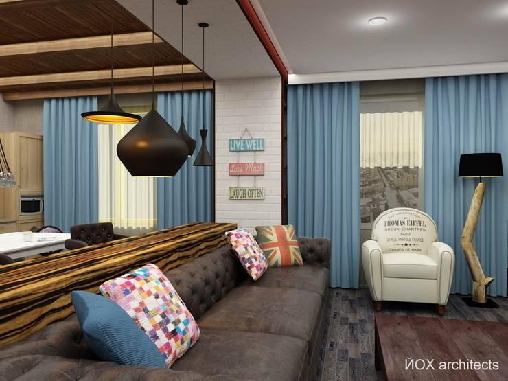 Квартира <q>Ироничный Лондон</q>: Гостиная в . Автор – ЙОХ architects, Эклектичный