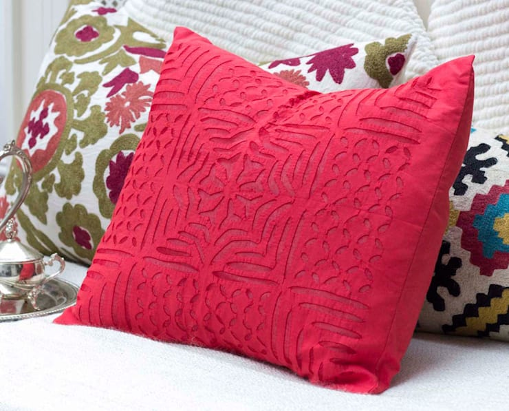 Red Applique Cotton Pillow :  Living room by DesignRaaga
