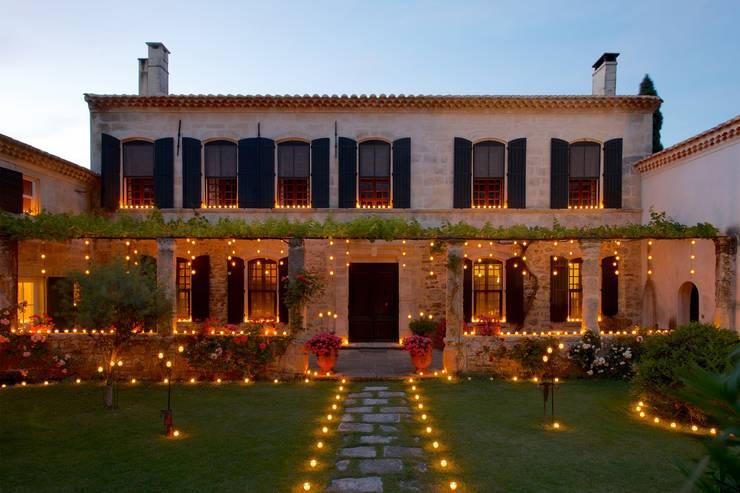 Jardines de estilo  por La Bella Candela
