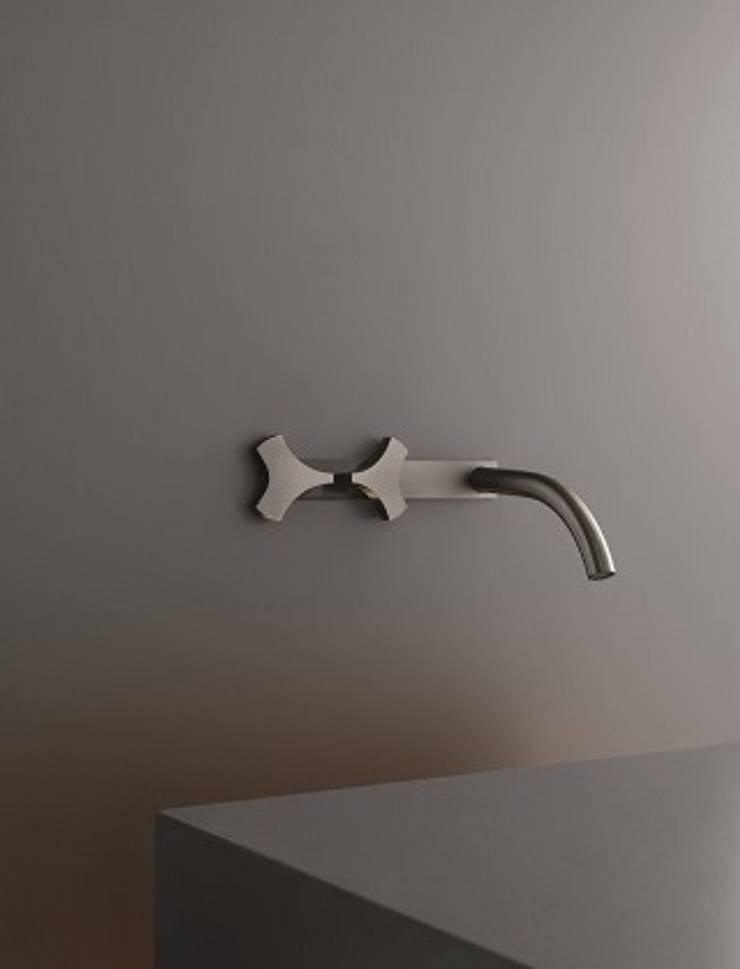 Griferia: Baños de estilo  de Ceramistas s.a.u.