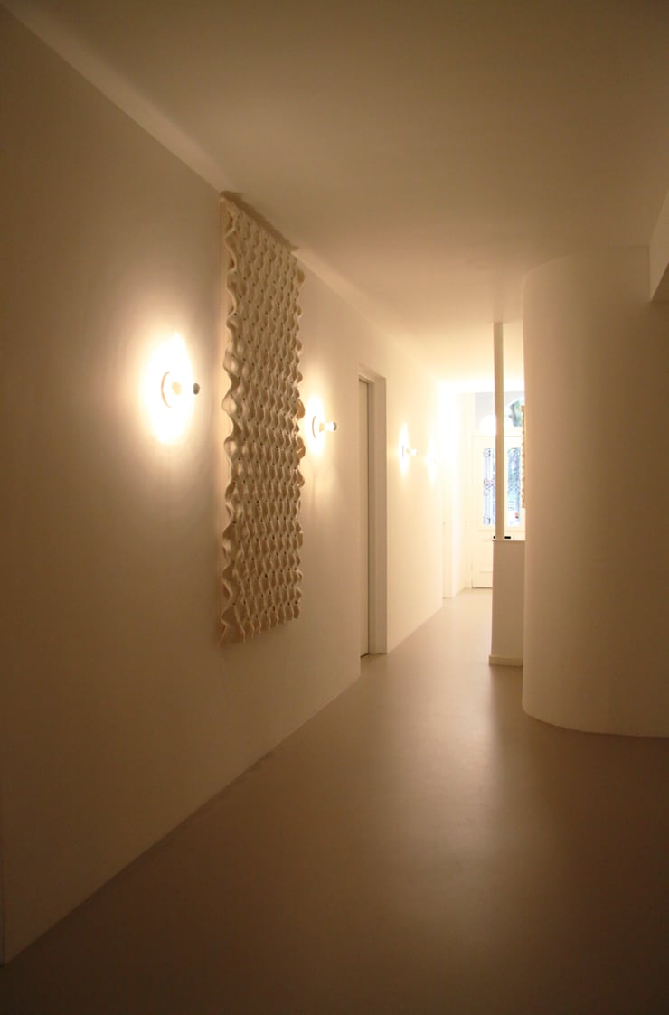 Wall tapestry to improve the acoustics:  Gezondheidscentra door Studio Petra Vonk, Modern