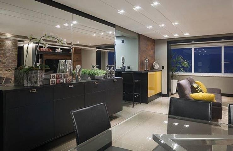 apartamento residencial: Salas de estar modernas por Adriane Cesa Arquitetura