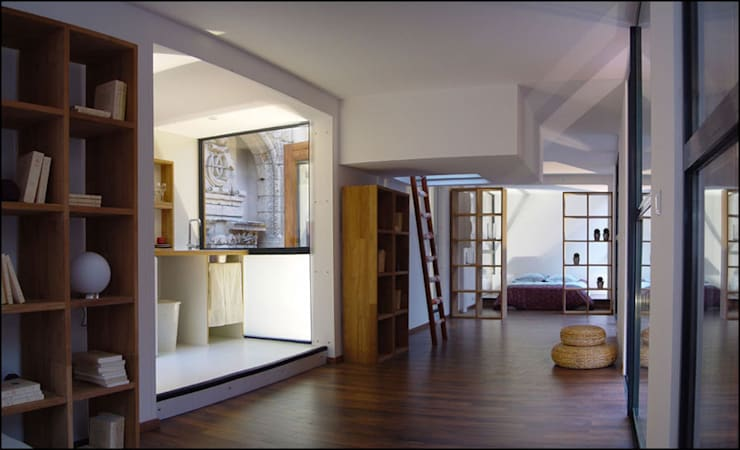 intérieur drophouse 02: Salon de style  par D3 architectes
