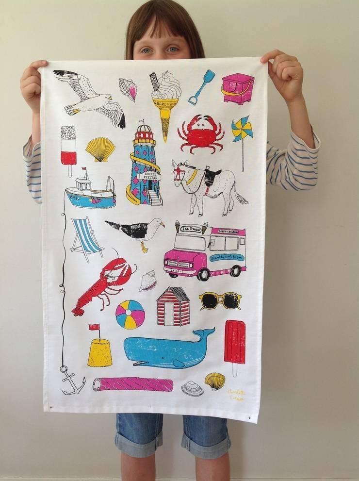 Seaside Fun Tea Towel:  Kitchen by New House Textiles Ltd