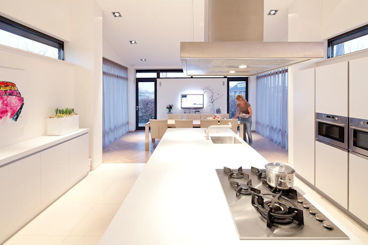 Kitchen by Sax Architecten