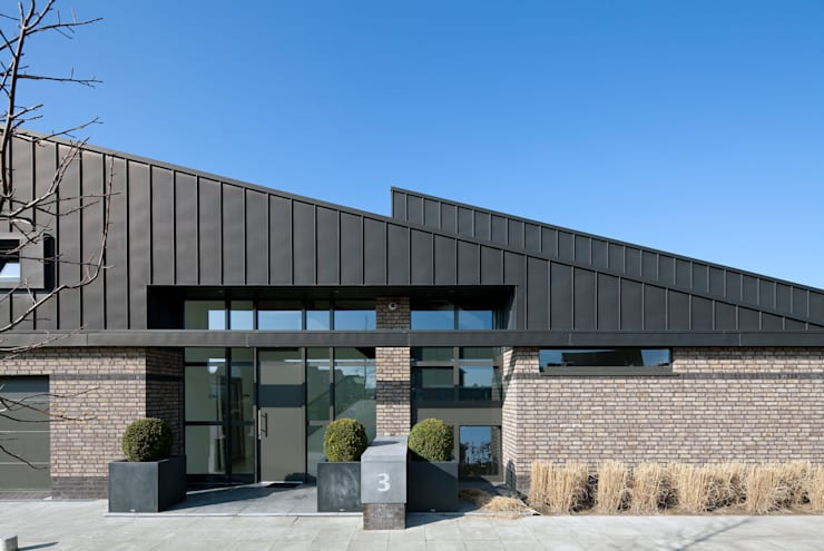 entree:  Huizen door Sax Architecten, Modern