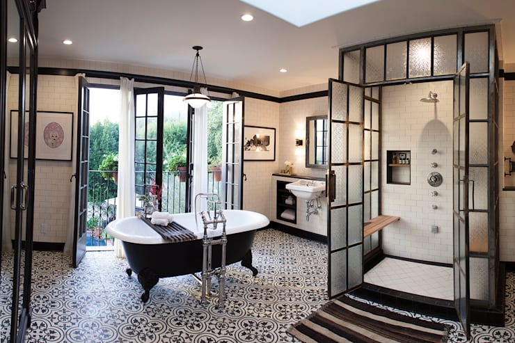 Drummonds Case Study: Loz Feliz Retreat, California: modern Bathroom by Drummonds Bathrooms