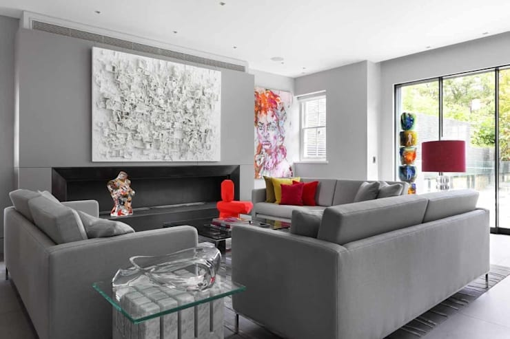 LIVING ROOM:  Living room by Iggi Interior Design