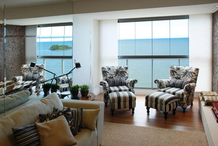 Salones modernos de Neoarch Moderno