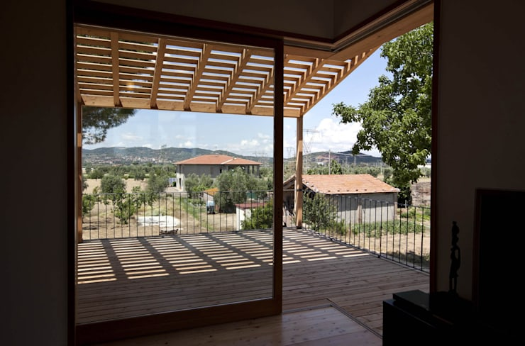 Ventanas de estilo  por mc2 architettura