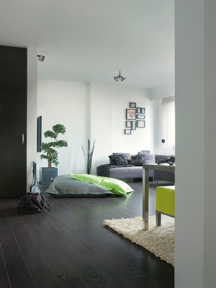 Wenge:  Walls & flooring by Quick-Step