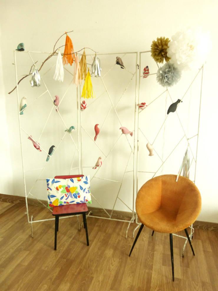 Diminuto: Habitaciones infantiles de estilo  de Momentos a Medida