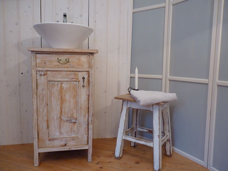 Lybste Badmoebel : landhausstil Badezimmer von Lybste Badmoebel