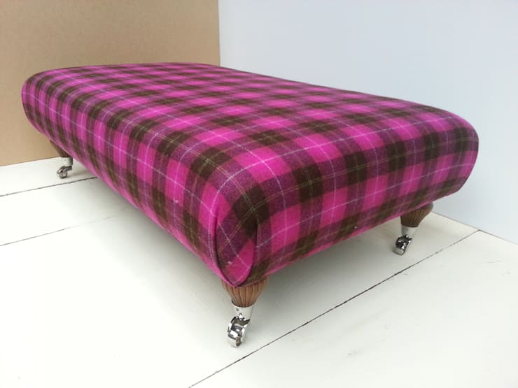 Wimbledon Check Multi / Pink:  Living room by Herts Upholstery
