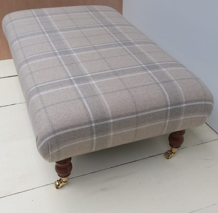 Highland Check Natural - Folded Corners Footstool 105 x 62cm:  Living room by Herts Upholstery