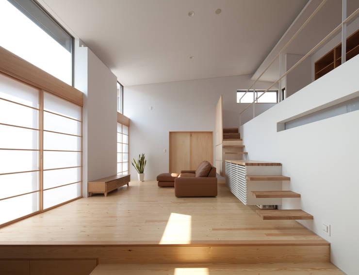 Salon de style  par 株式会社 井川建築設計事務所