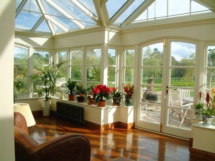 Jardins de Inverno clássicos por Hampton Windows