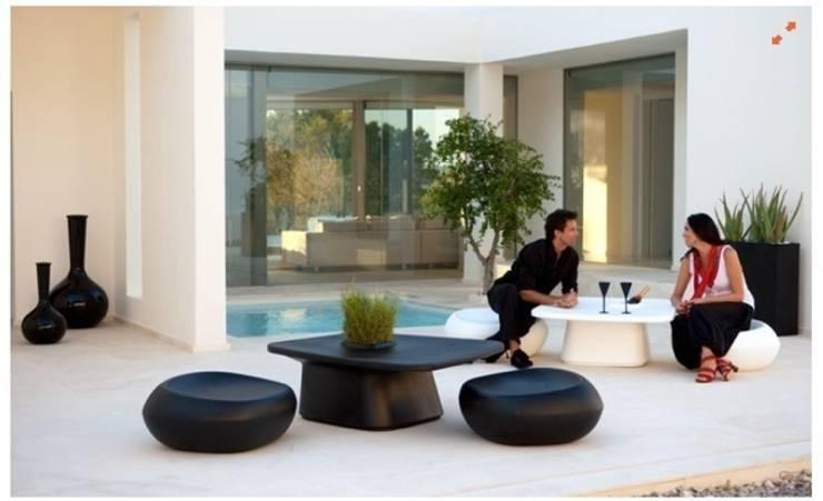 BANNI Elegant Home- SS15: Jardín de estilo  de BANNI Elegant Home