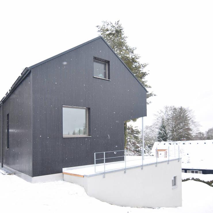 T10:  Häuser von Spandri Wiedemann Architekten