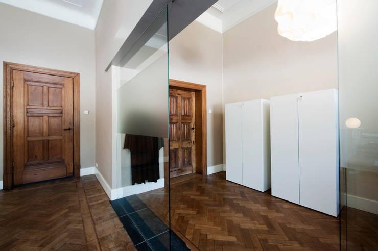 Interieur-advies advocatenkantoor:  Kantoor- & winkelruimten door Mood Interieur, Modern