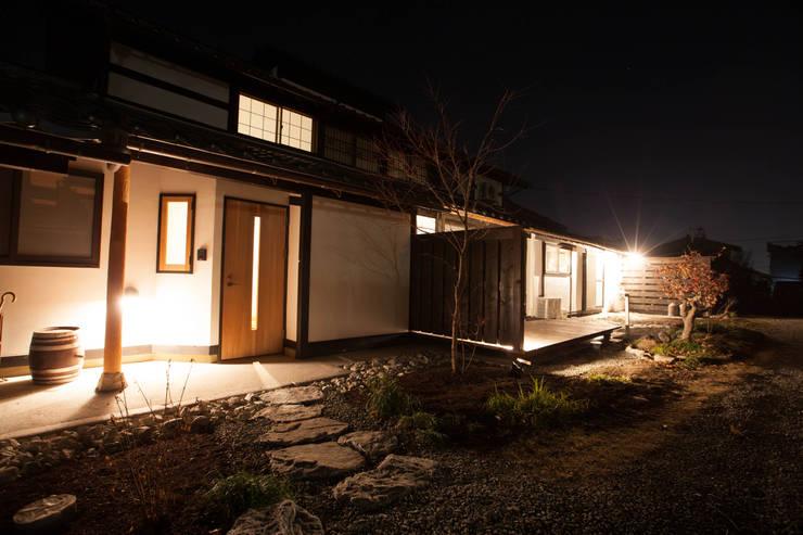 山梨の舎Ⅱ(民家再生)‐外観: 有限会社中村建築事務所が手掛けた家です。,和風