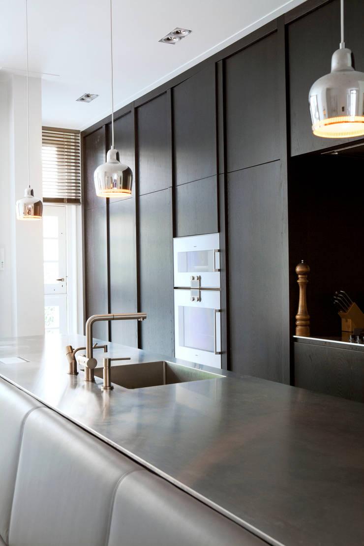 Familiehuis, Amsterdam Zuid:  Keuken door Binnenvorm, Modern