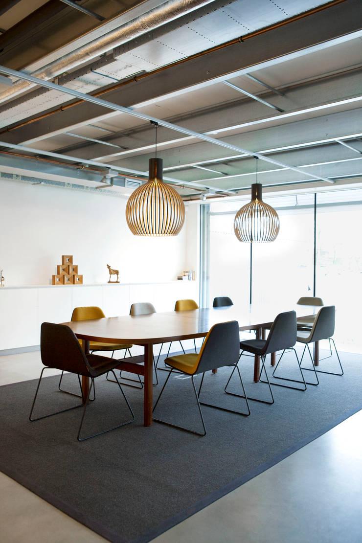 Filmproductie kantoor Lemming Film, Amsterdam:  Kantoorgebouwen door Binnenvorm, Modern