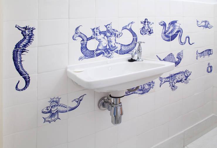l:  Badkamer door José den Hartog, Klassiek