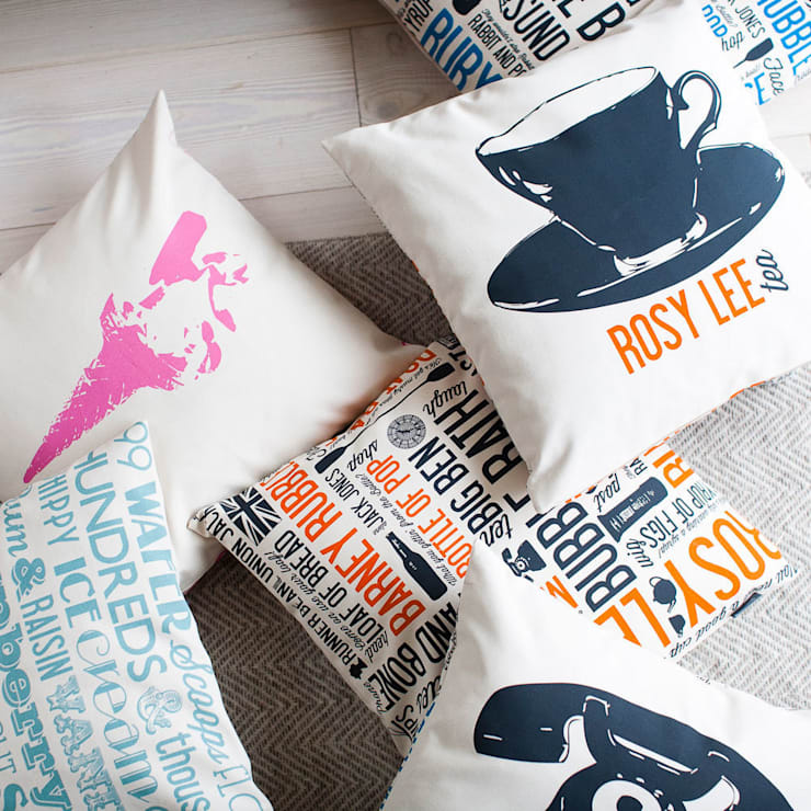 Duck Feather Cushions:  Living room by Victoria Eggs